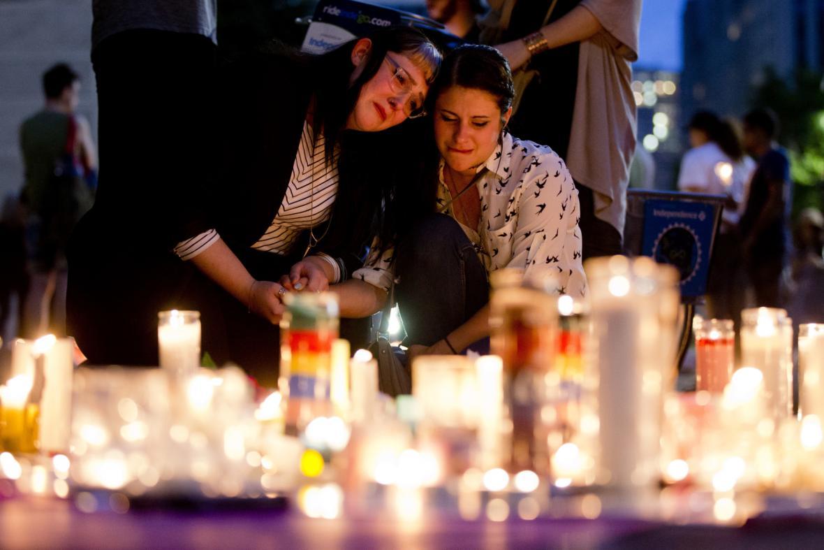 Ve Filadelfii se zapalovaly svíčky