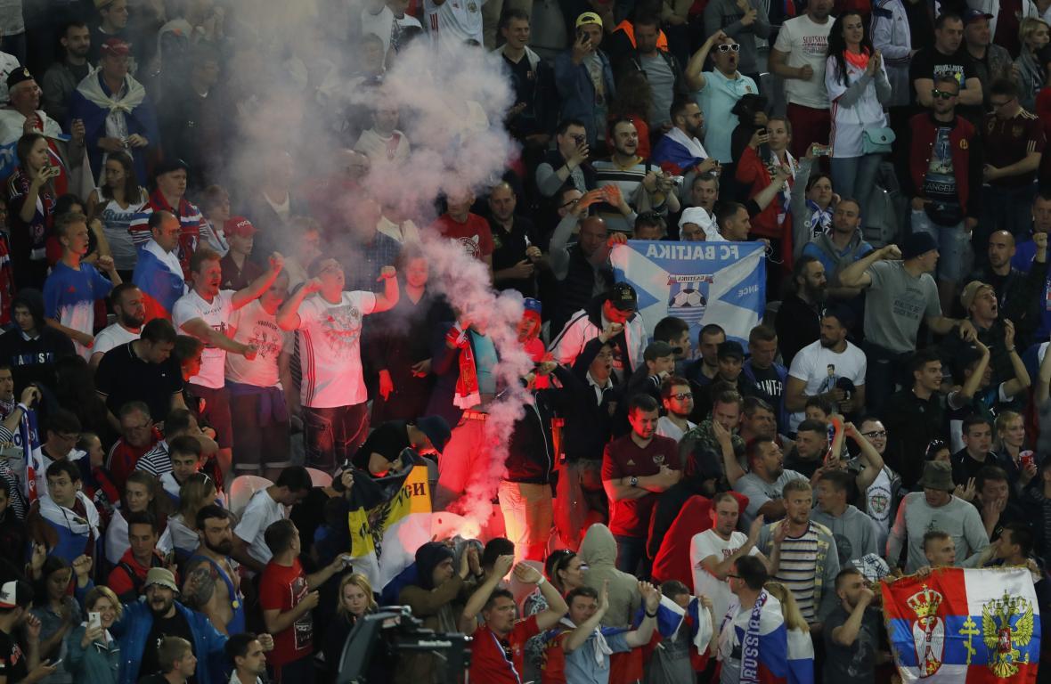 Ruští fanoušci na Euru