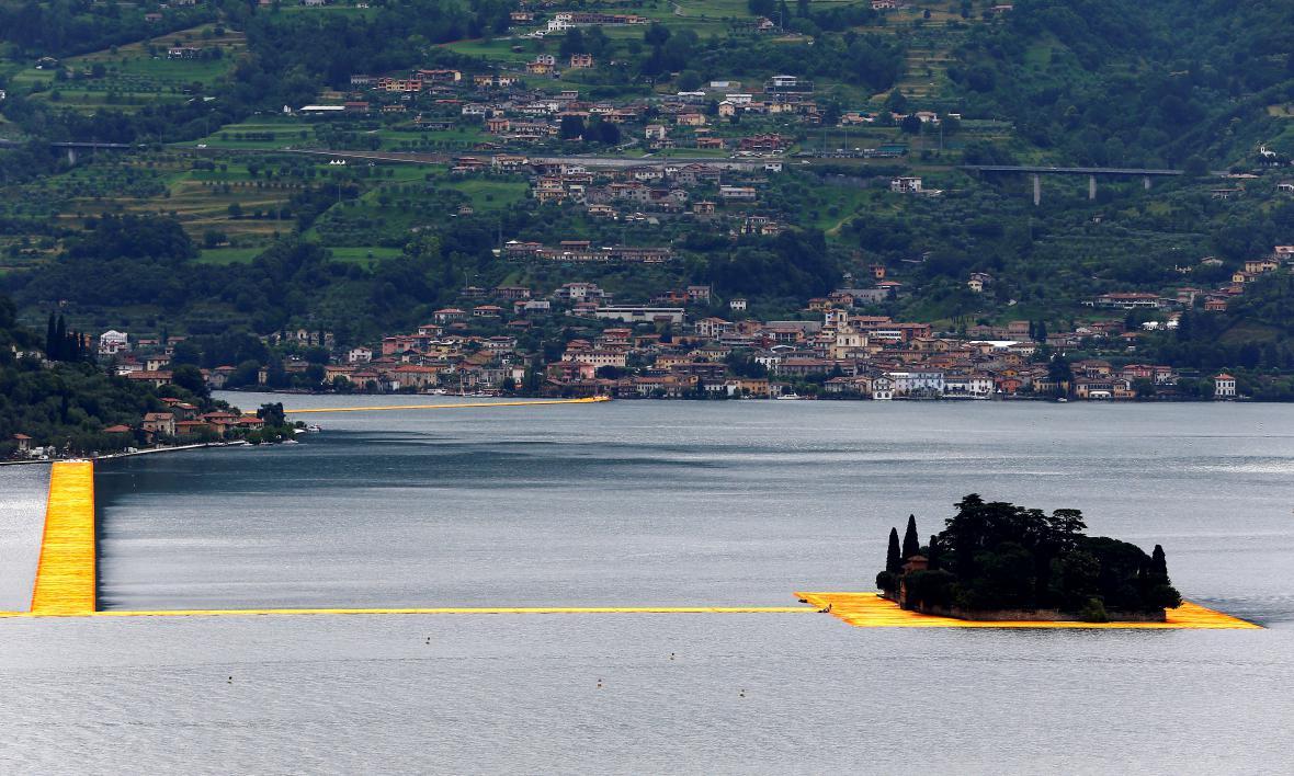 Chůze po italském jezeře