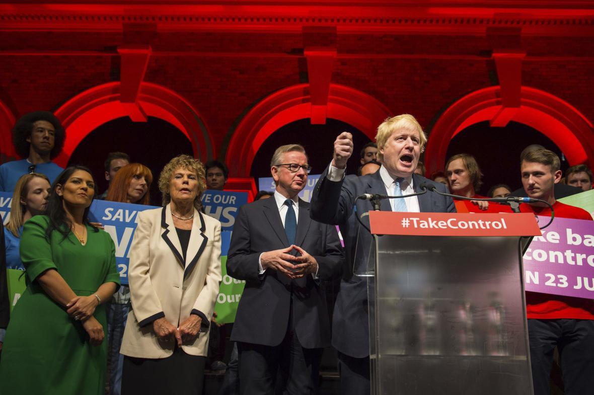 Představitelé kampaně za odchod z EU