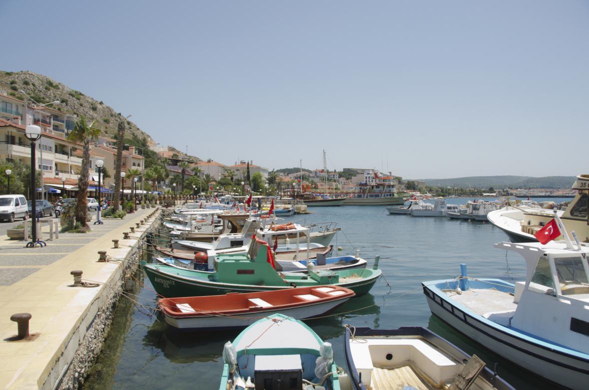 Přístav v tureckém městě Cesme