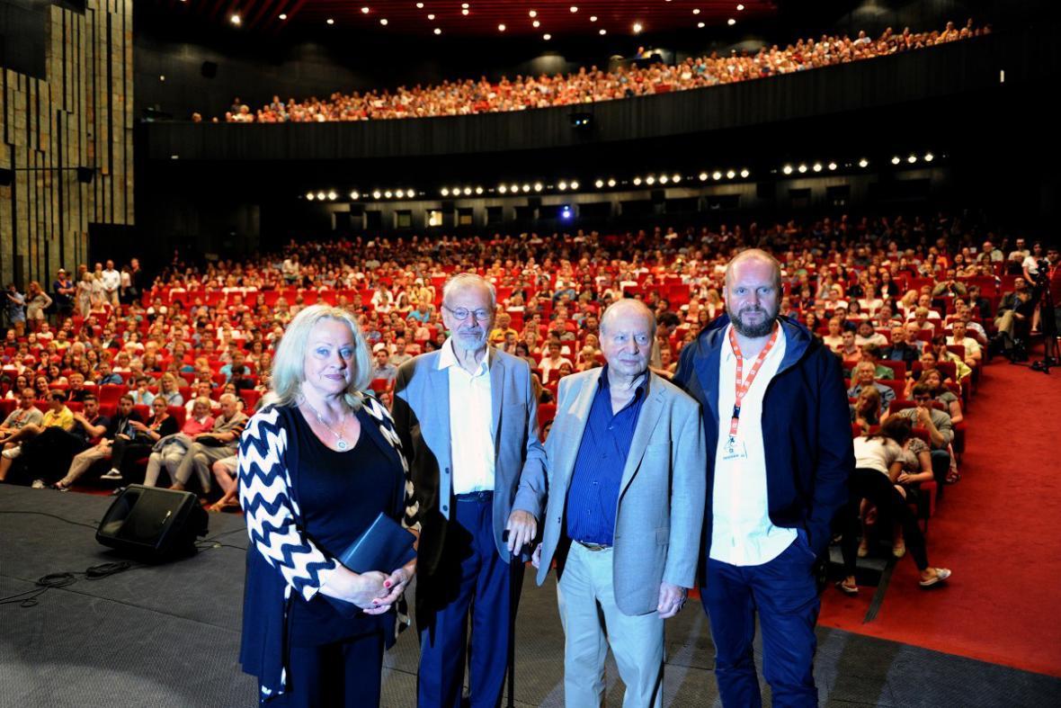 Delegace k filmu Intimní osvětlení na 51. MFF Karlov Vary