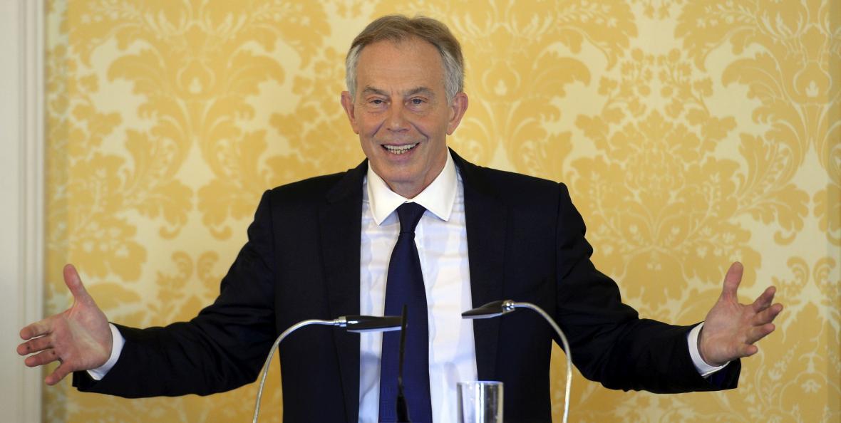 Blair vysvětloval svá rozhodnutí o invazi na tiskové konferenci