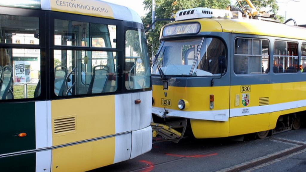 V Plzni se srazily tramvaje