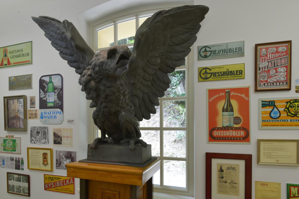 Litinová orlice v Mattoniho muzeu v Kyselce