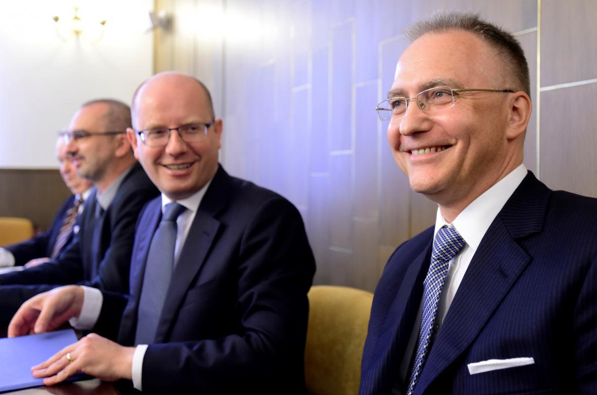 Bohuslav Sobotka a Michal Koudelka (vpravo)
