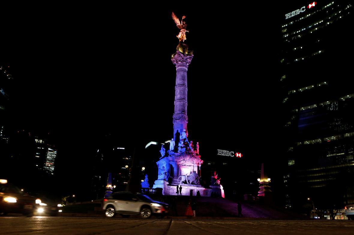 Památku obětí z Nice uctilo i Mexiko