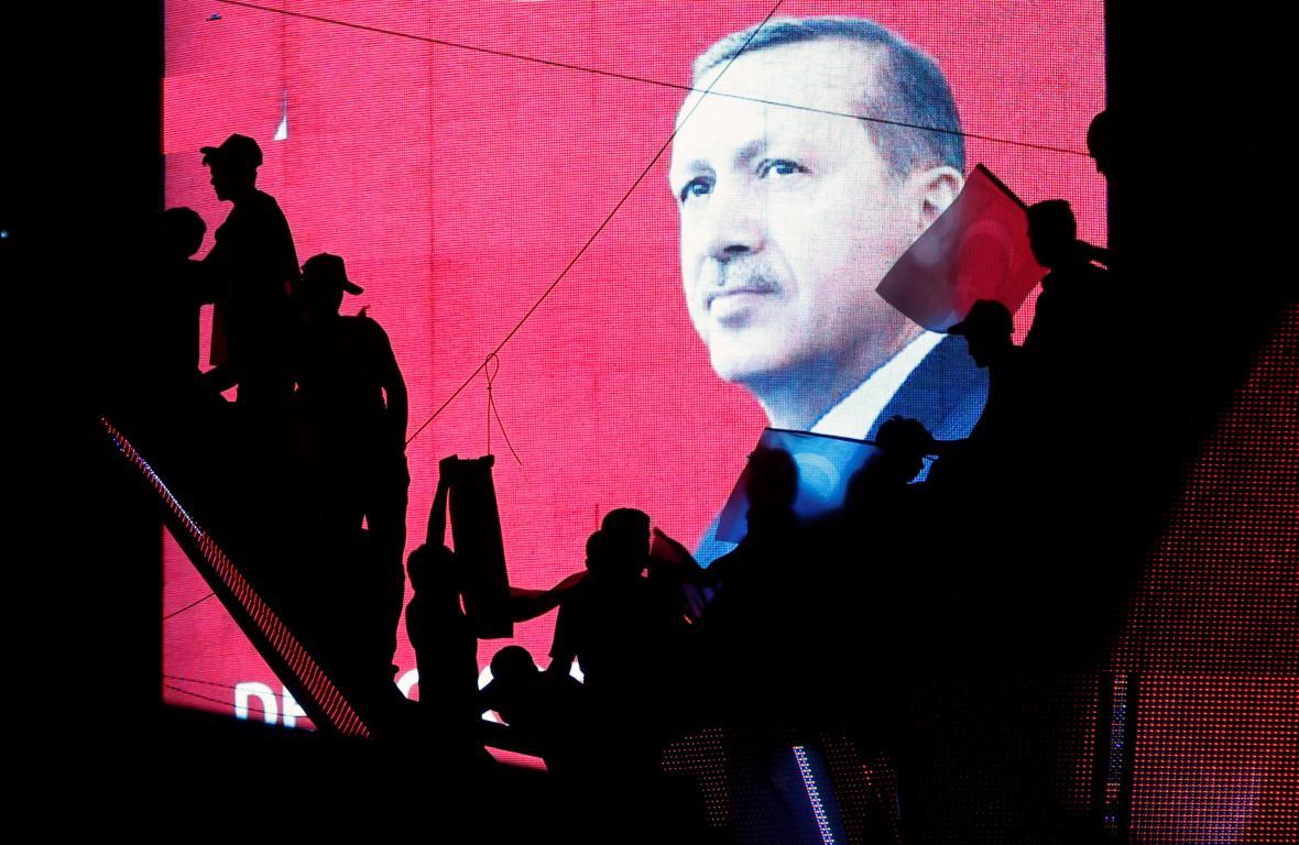 Shromáždění v centru Istanbulu