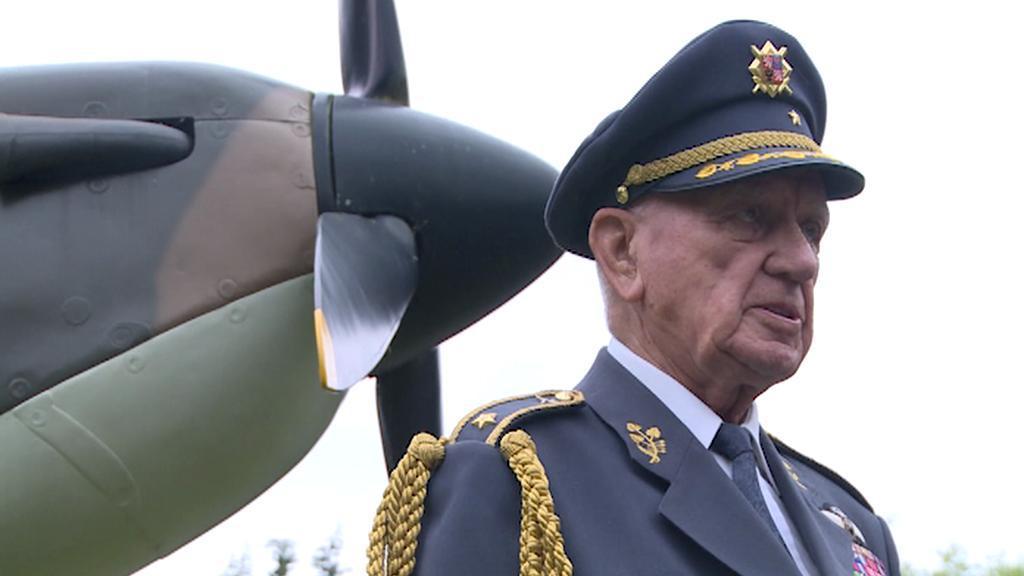 Celkem 26krát se Boček na obloze utkal s německými stíhači