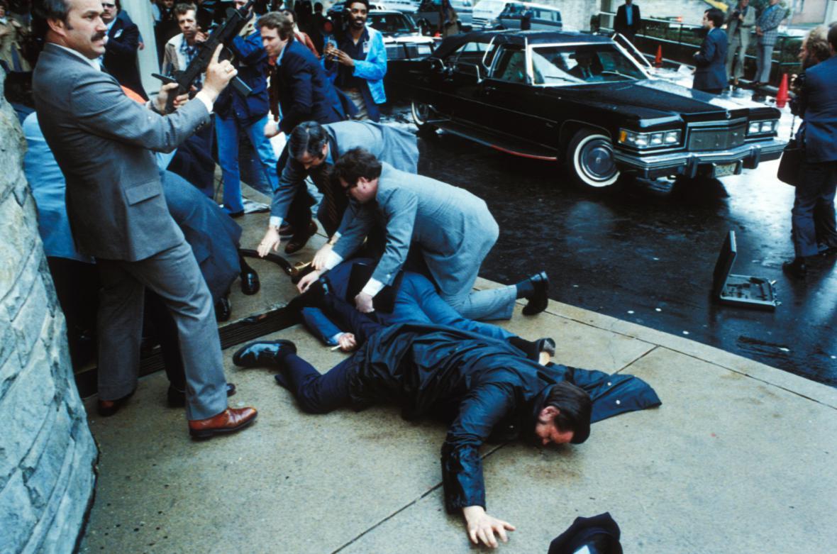 březen 1981 - krátce po atentátu před washingtonským hotelem Hilton