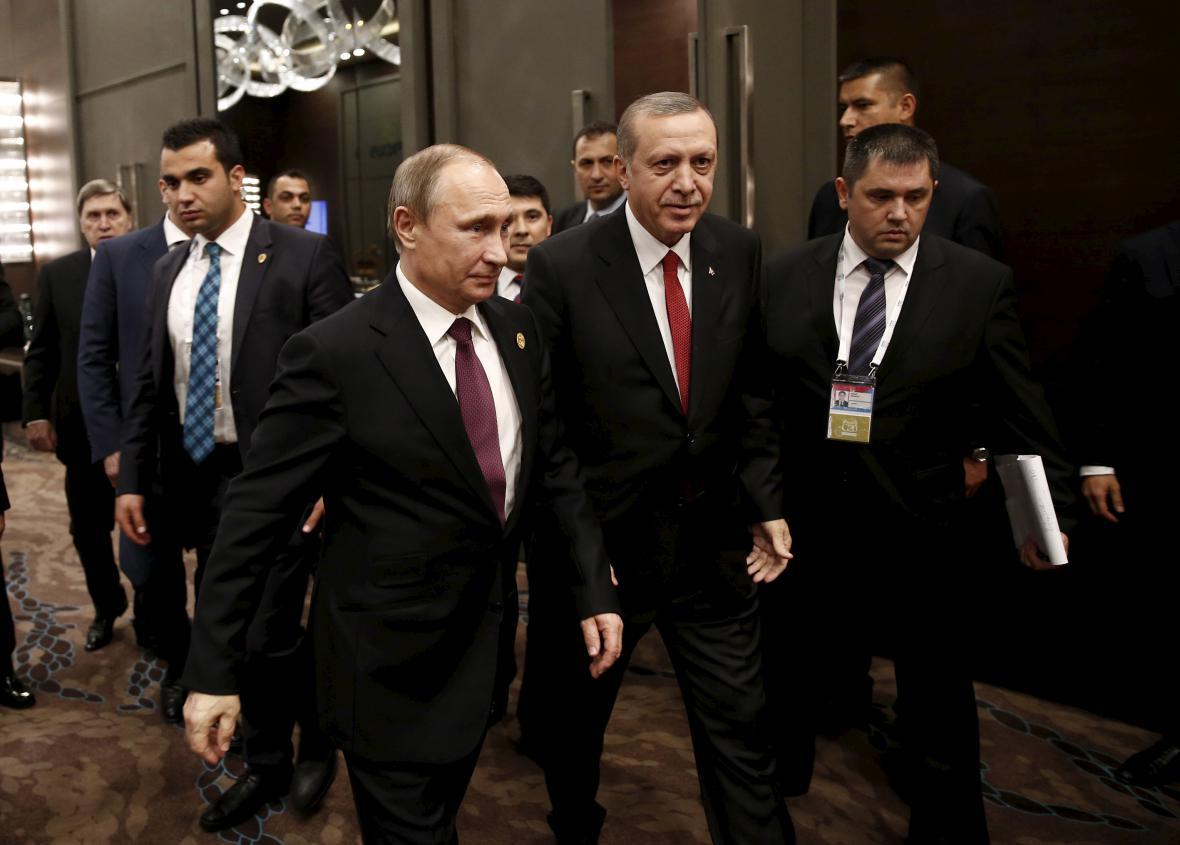 Prezidenti Putin a Erdogan na summitu G20 loni v listopadu