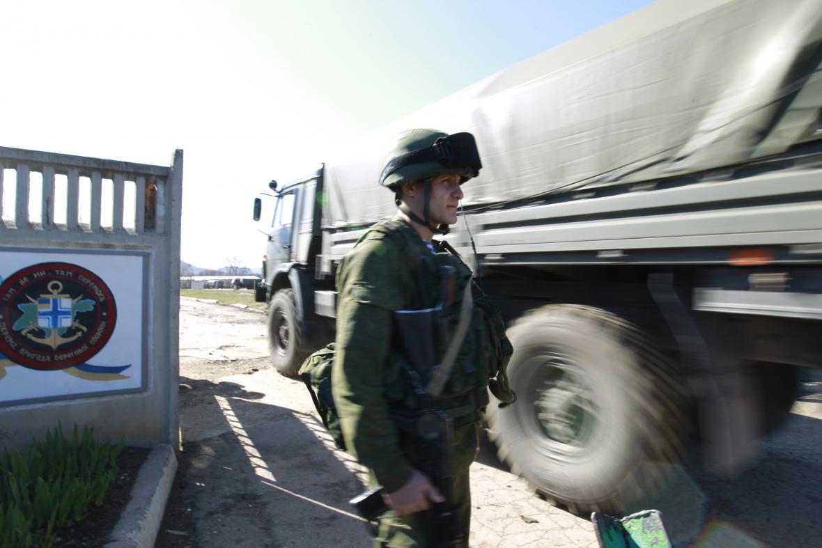 Ruský voják na Krymu