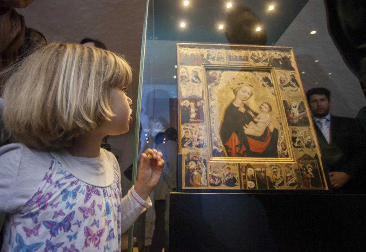 Gotická desková malba Madony z Jindřichova Hradce
