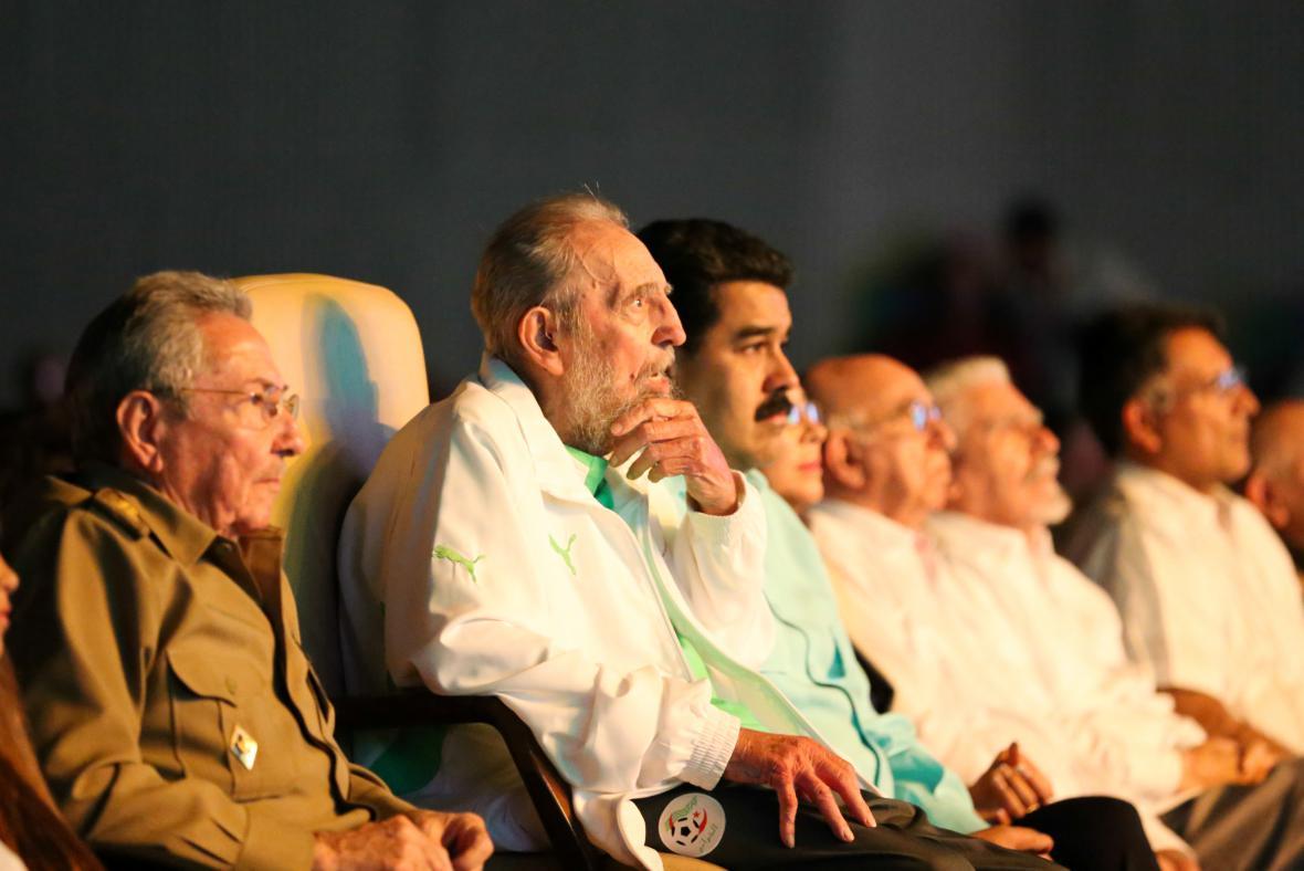 Fidel Castro na akci konané na počest jeho 90. narozenin