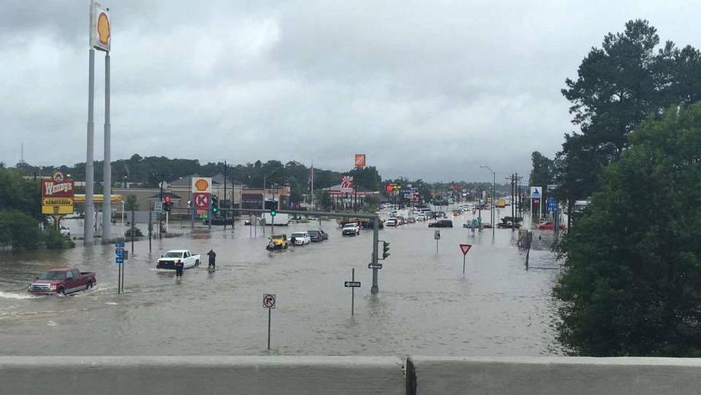 Záplavené Denham Springs v Louisianě