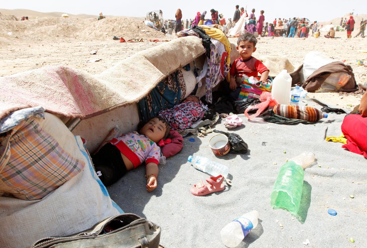 Iráčané, kteří uprchli před islamisty
