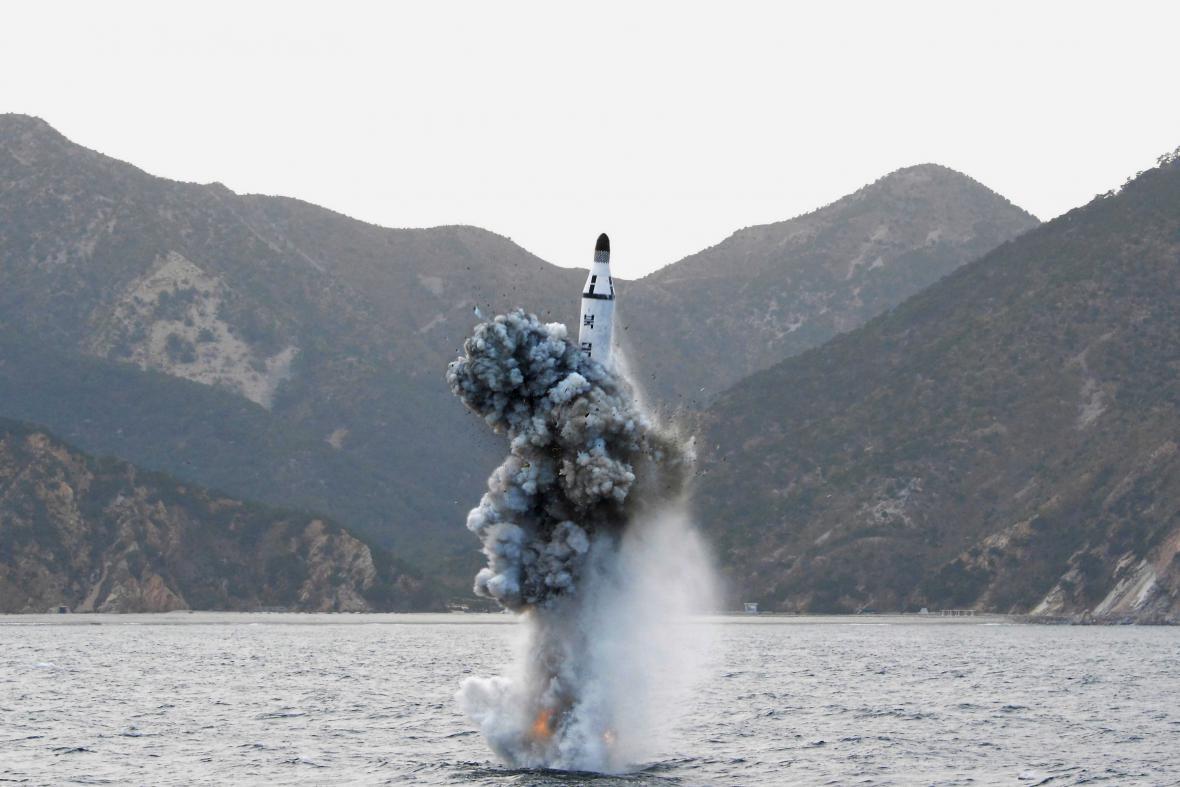 Zatím neověřený snímek jednoho z balistických testů