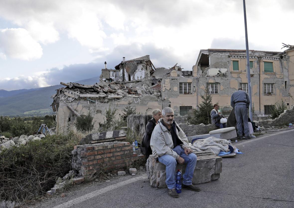 Zdevastované domy ve středoitalském Amatrice