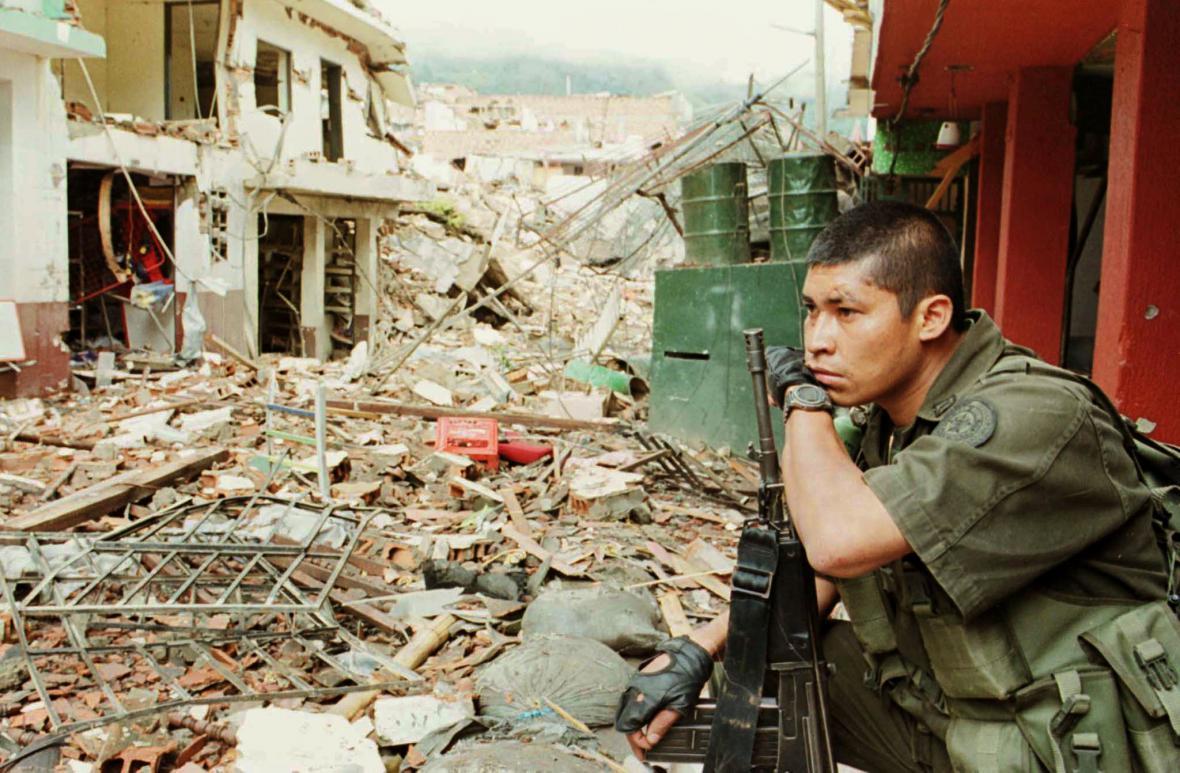Následky bojů v kolumbijské Granadě