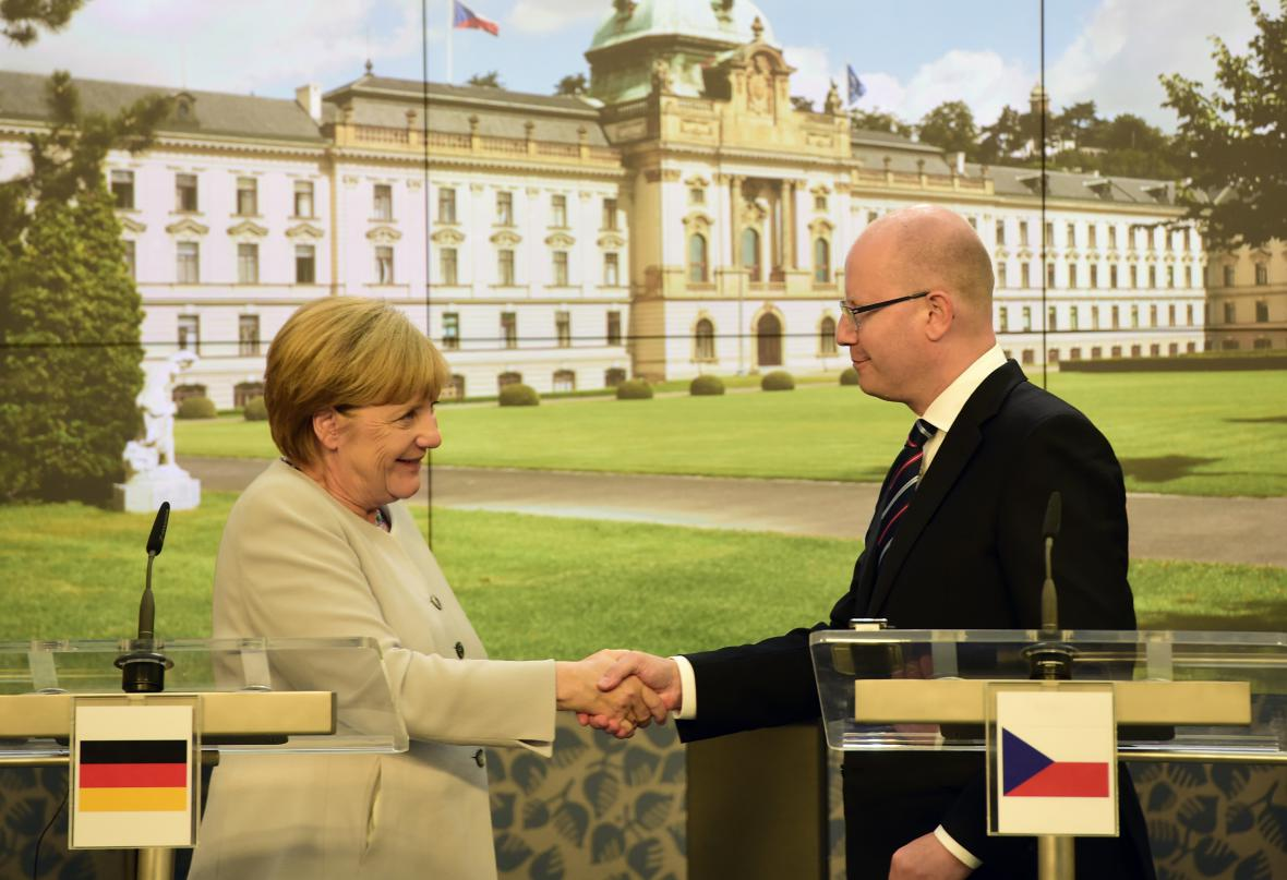 Angela Merkelová a Bohuslav Sobotka