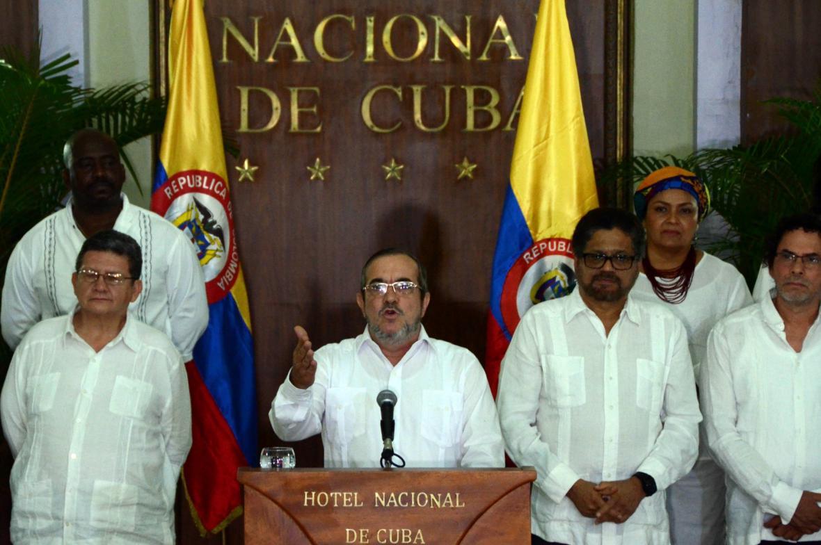 Vedení FARC vyhlašuje příměří v Havaně