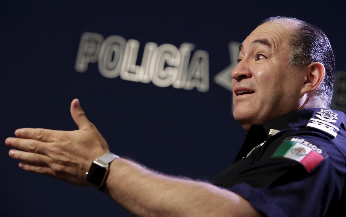 Odcházející policejní prezident Enrique Galindo