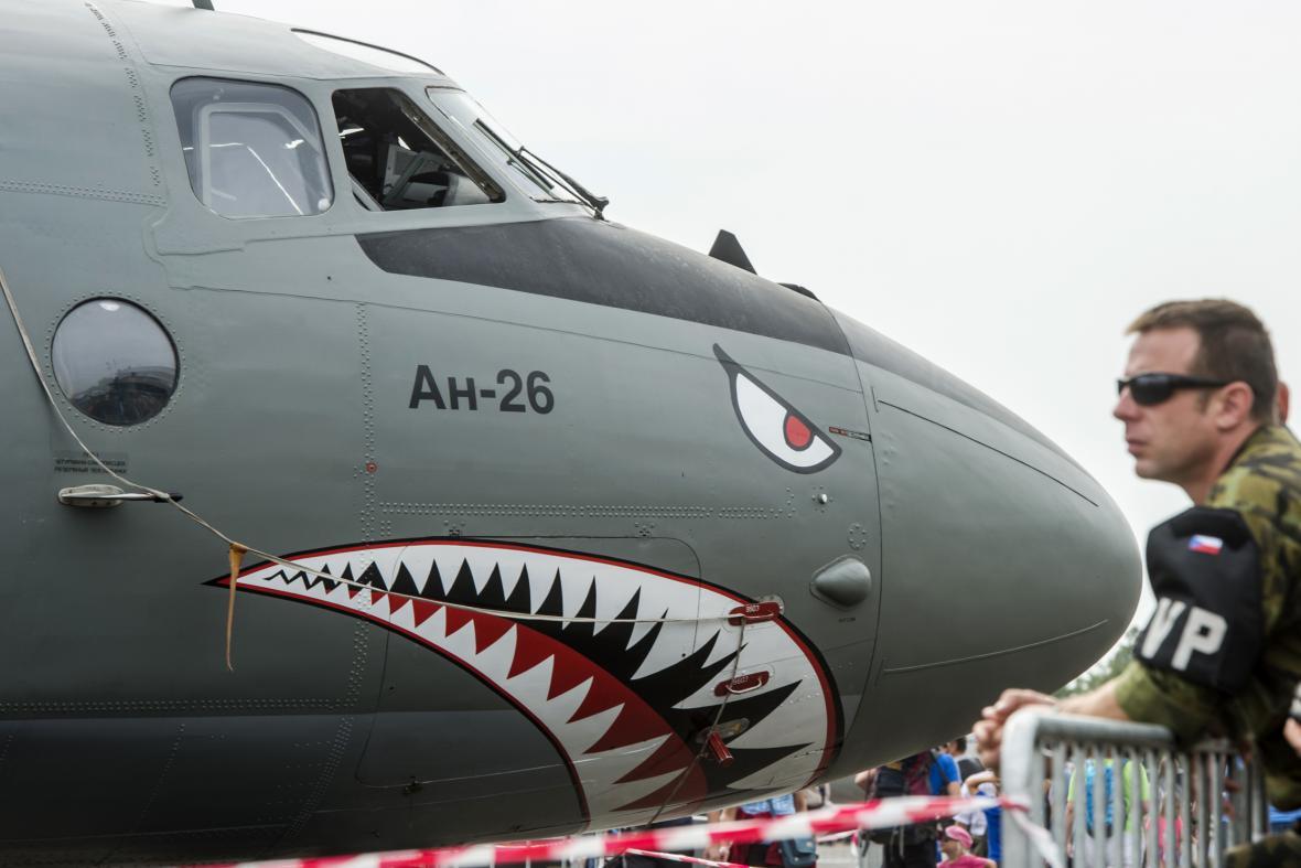 Transportní letoun An-24 z Ukrajiny na letecké přehlídce CIAF 2016