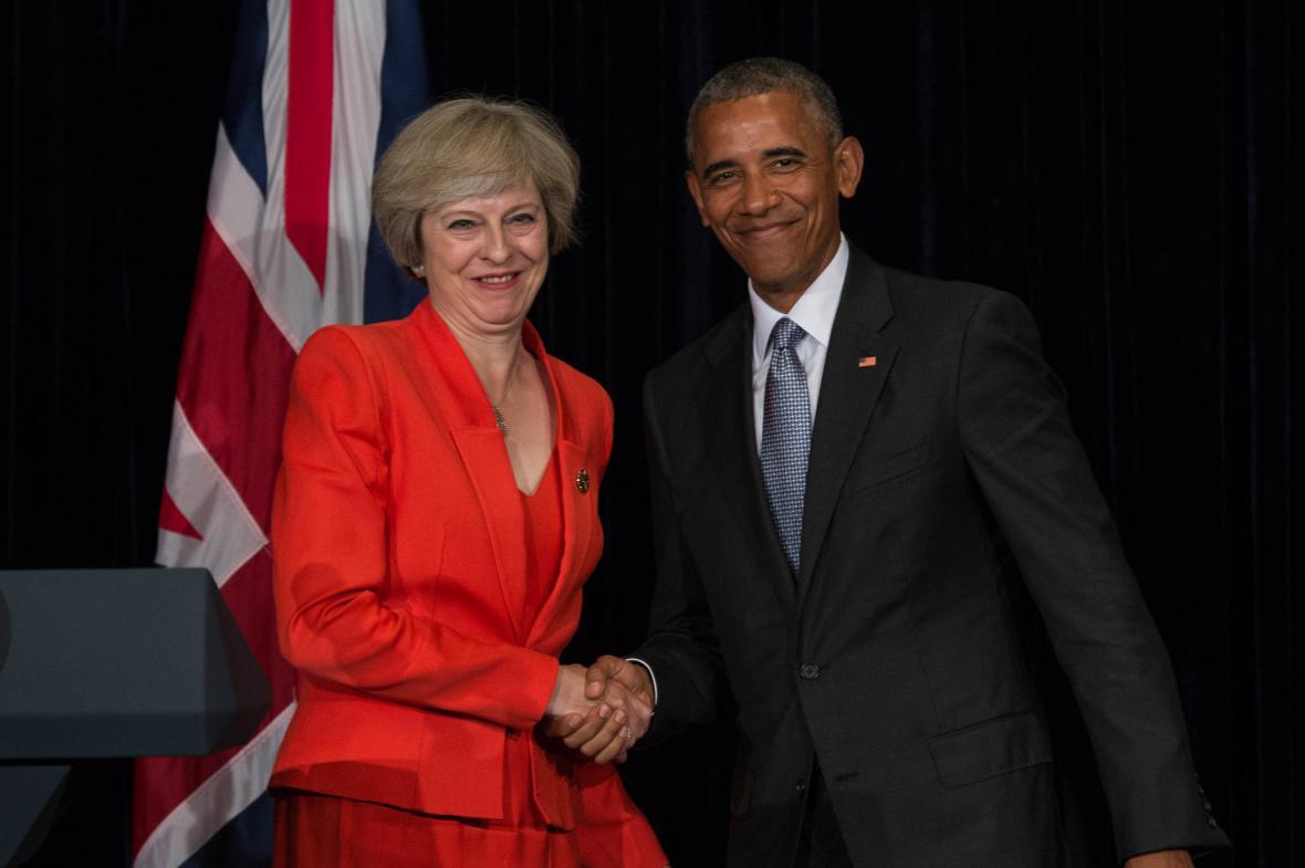 Theresa Mayová a Barack Obama