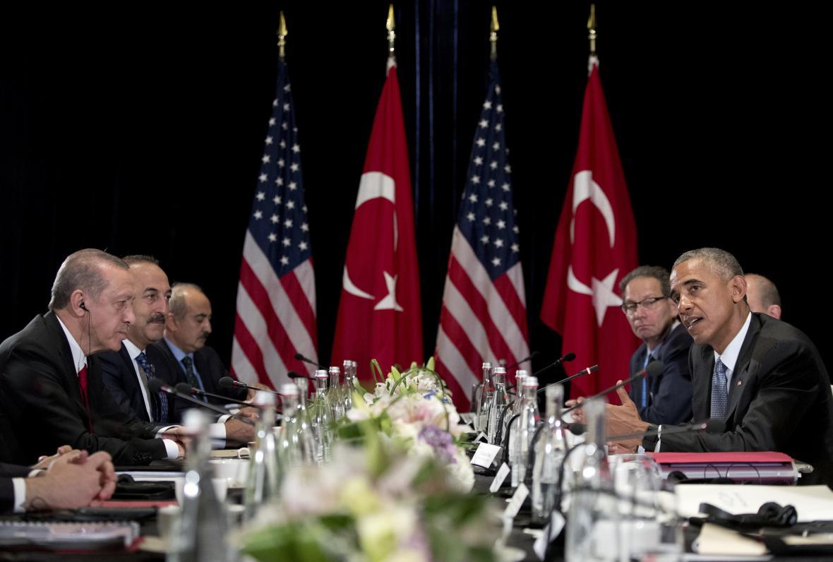 Čínské setkání tureckého a amerického prezidenta