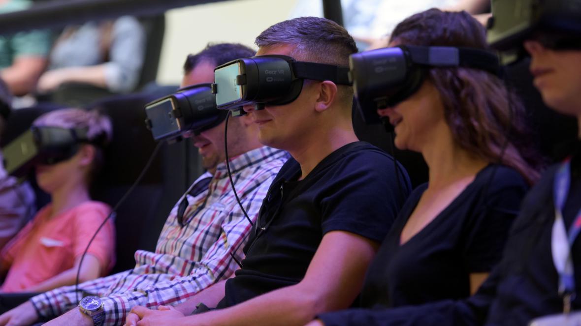 Návštěvníci veletrhu si mohli vyzkoušet virtuální realitu