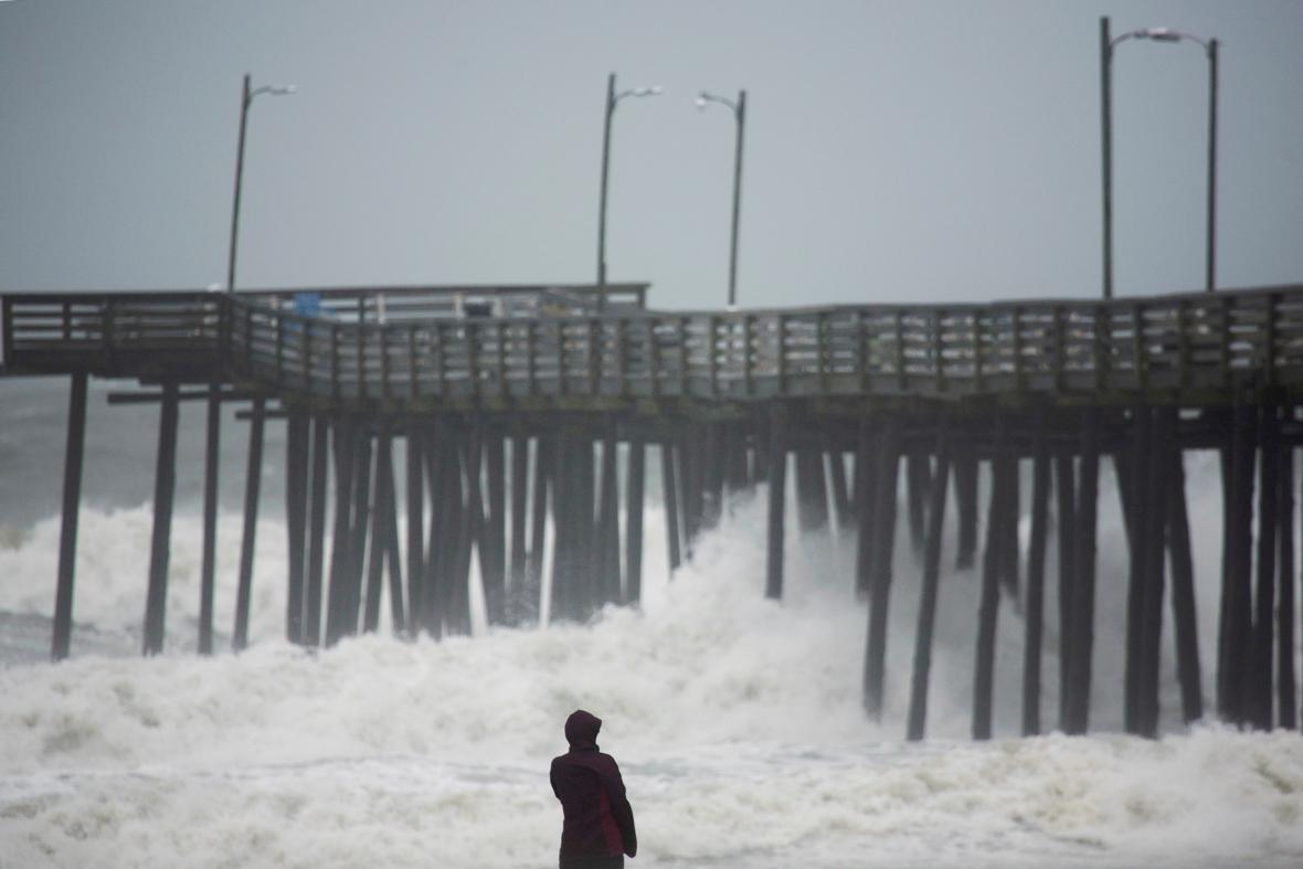 Bouře Hermine na východním pobřeží USA