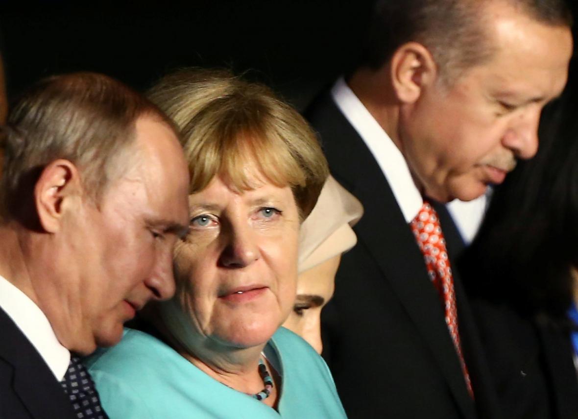 Putin, Merkelová a Erdogan během summitu G20