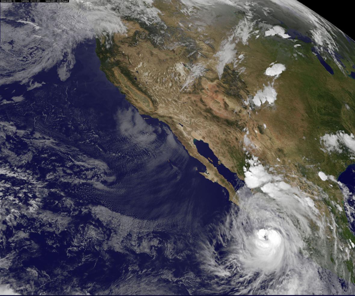 Hurikán Newton