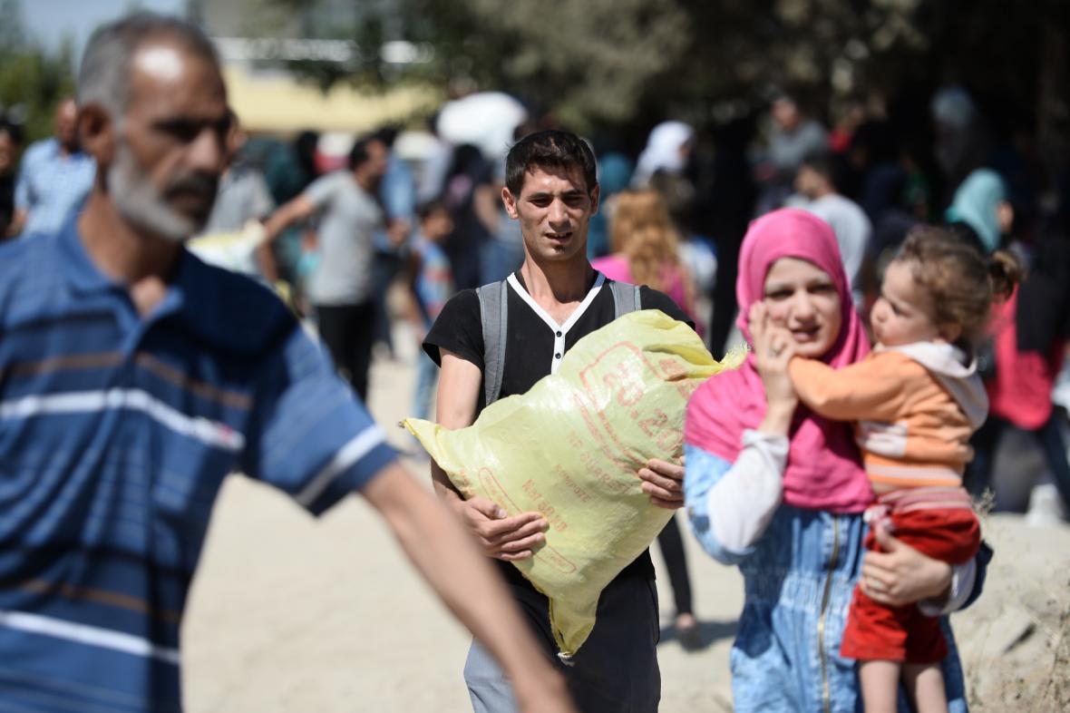 Syřané se vracejí do města Džarabulus