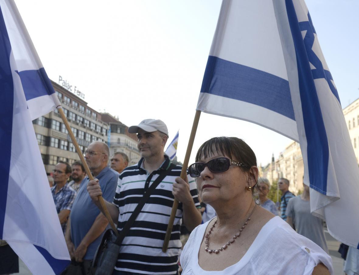 Demonstrace na podporu stávající verze českého atlasu