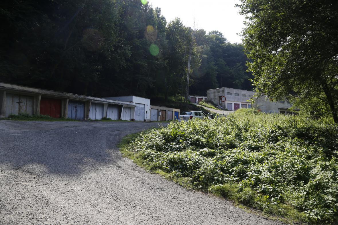 Garáže v Ústí nad Labem - Střekově