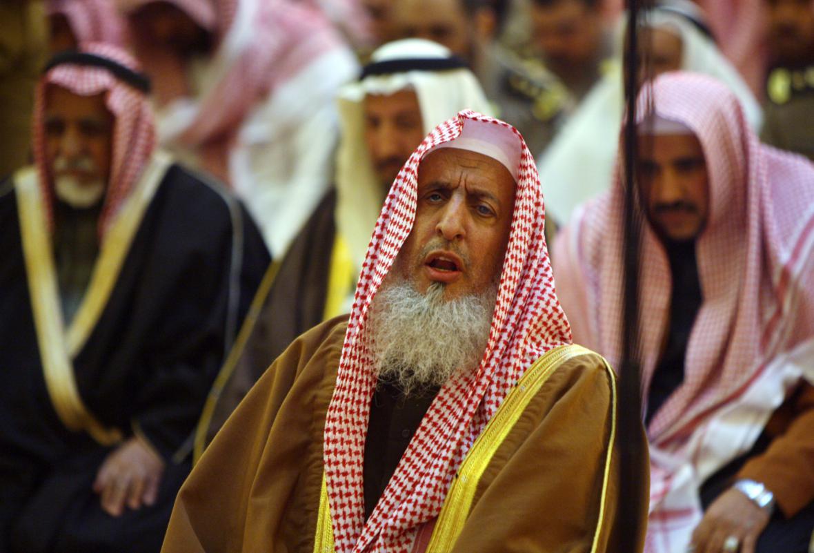 Saúdskoarabský velký muftí šajch Abdal Azíz bin Abdalláh Šajch.