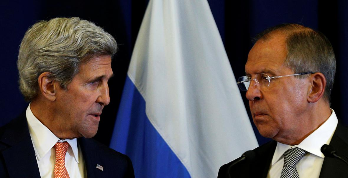 Ministři zahraničí John Kerry a Sergej Lavrov