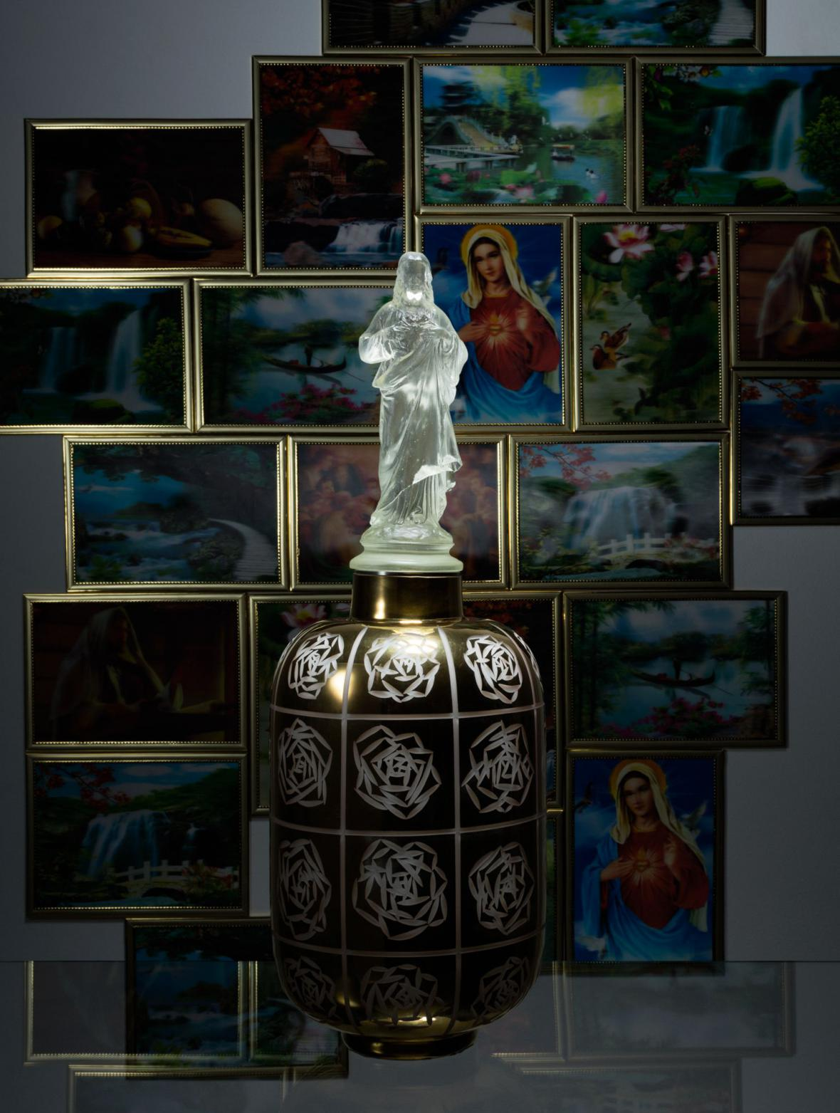 Rony Plesl / Jesus & Roses, 2014
