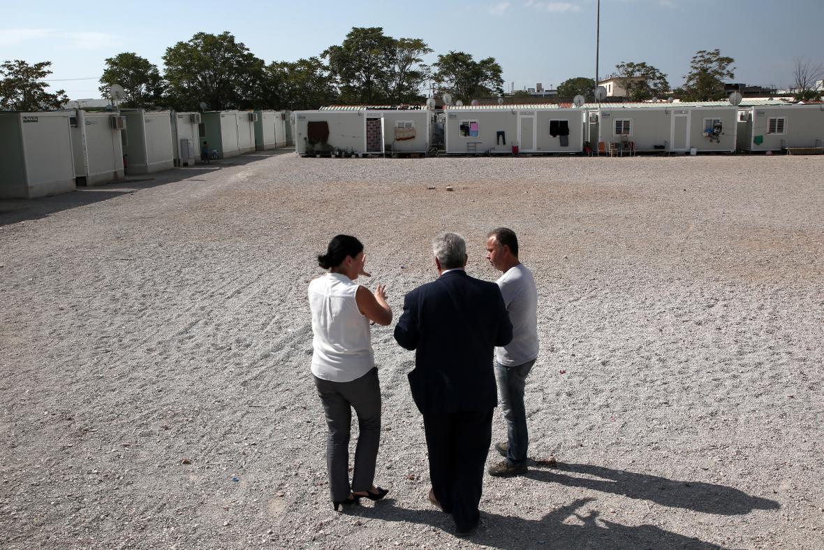 Jourová v uprchlickém táboře Eleonas