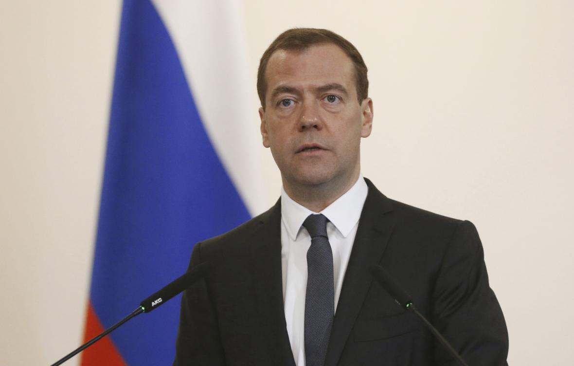 Ruský premiér a předseda Jednotného Ruska Dmitrij Medveděv
