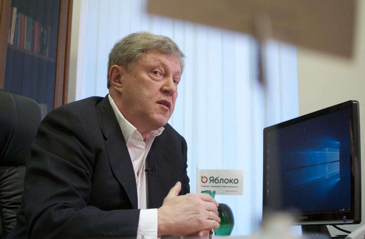 Volební lídr strany Jabloko Grigorij Javlinskij