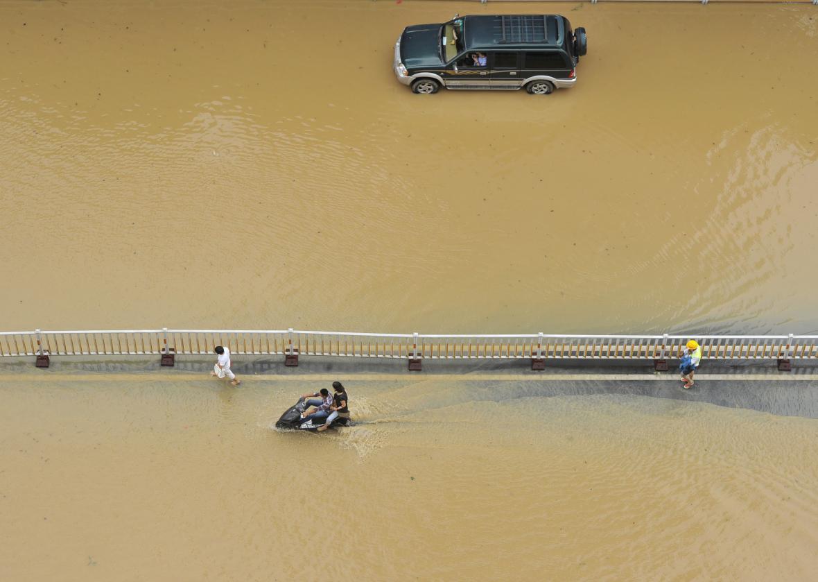 Zaplavené ulice v čínské provincii Fu-ťien
