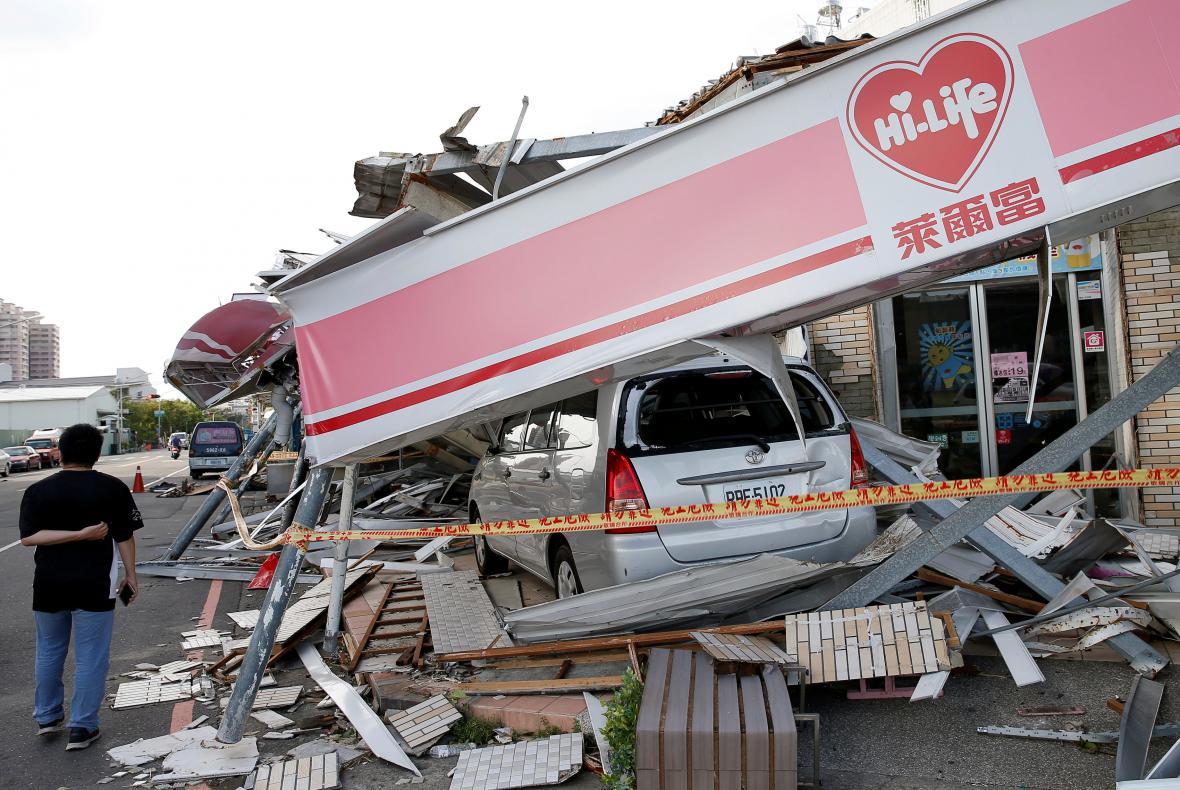Tajfun po sobě na Tchaj-wanu zanechal spoušť
