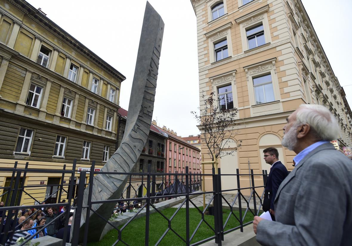 Dramatik a scenárista Zdeněk Svěrák (vpravo)