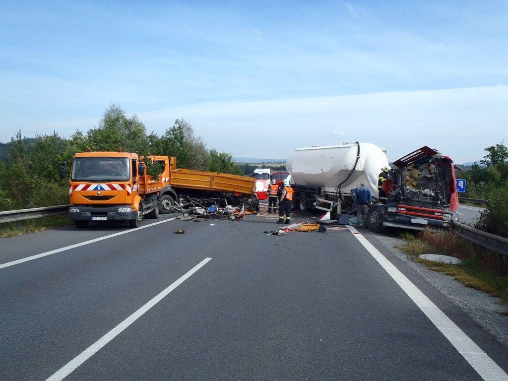 Nehoda kamionu na D5 u Rokycan
