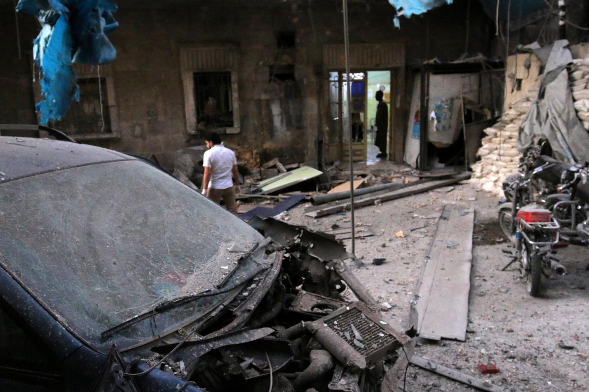 Rozbombardovaná nemocnice v Aleppu