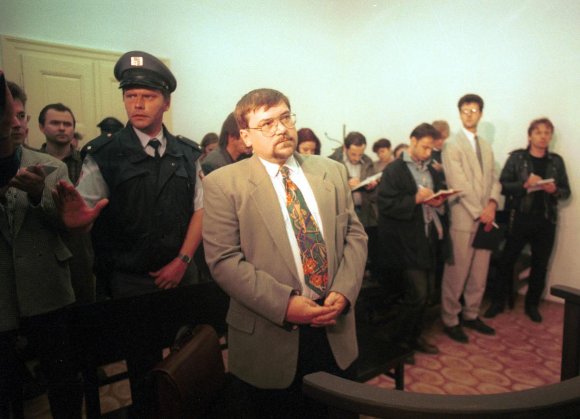 Jaroslav Lizner během soudního líčení u obvodního soudu v roce 1995