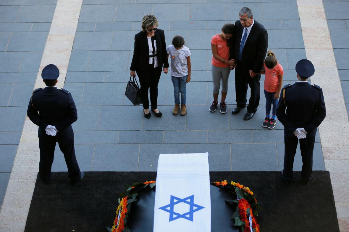 Izrael se loučí s Peresem