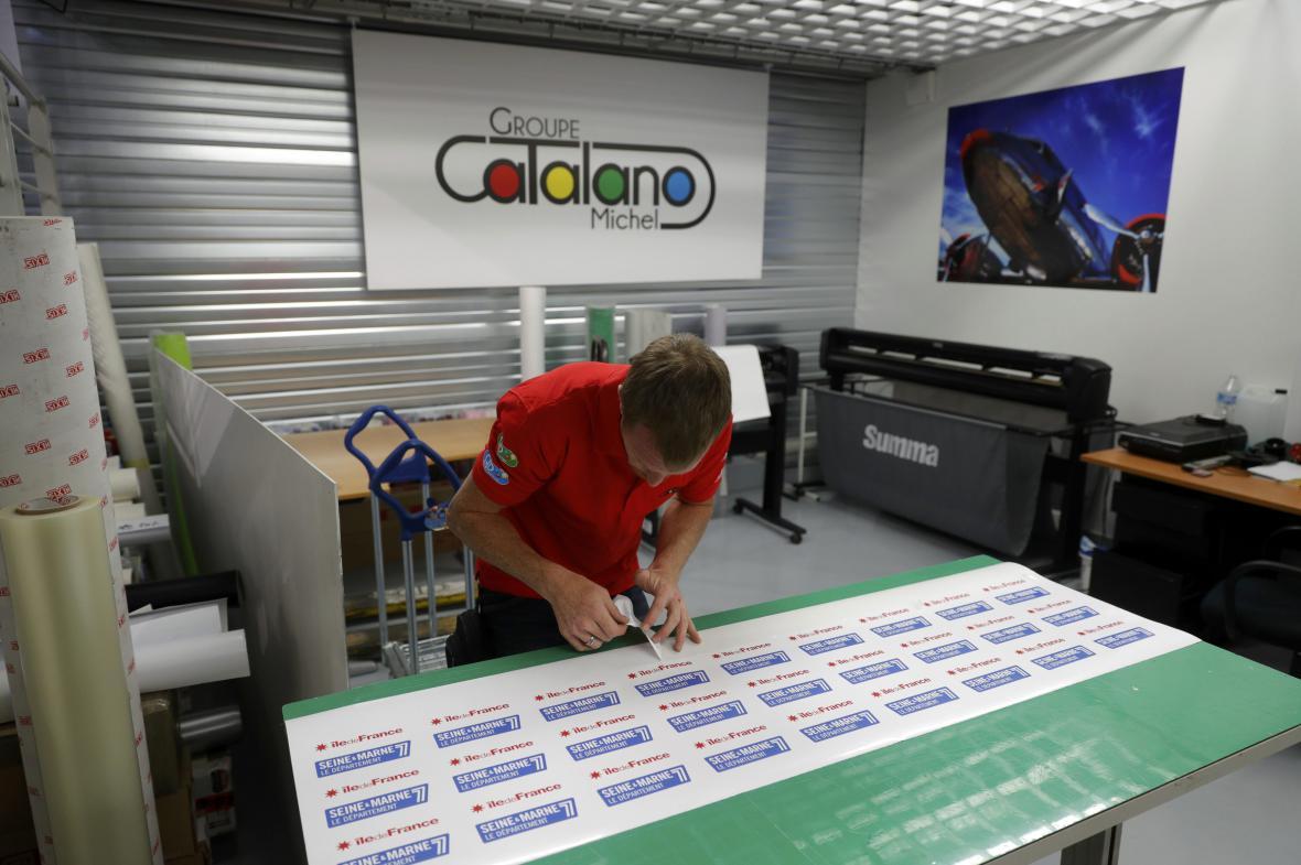 Opravená tiskárna v Dammartin-en-Goele